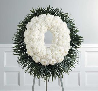 white crythanmum wreath