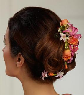 The Flowers \'n\' Frills™ Hair Décor
