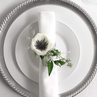 Floral Napkin Decoration