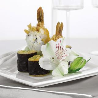 Edible Flower Plate Decoration